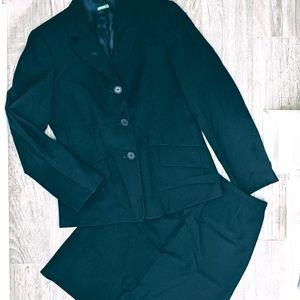 Vintage Benetton Navy Blue Two-Piece Suit Size 42